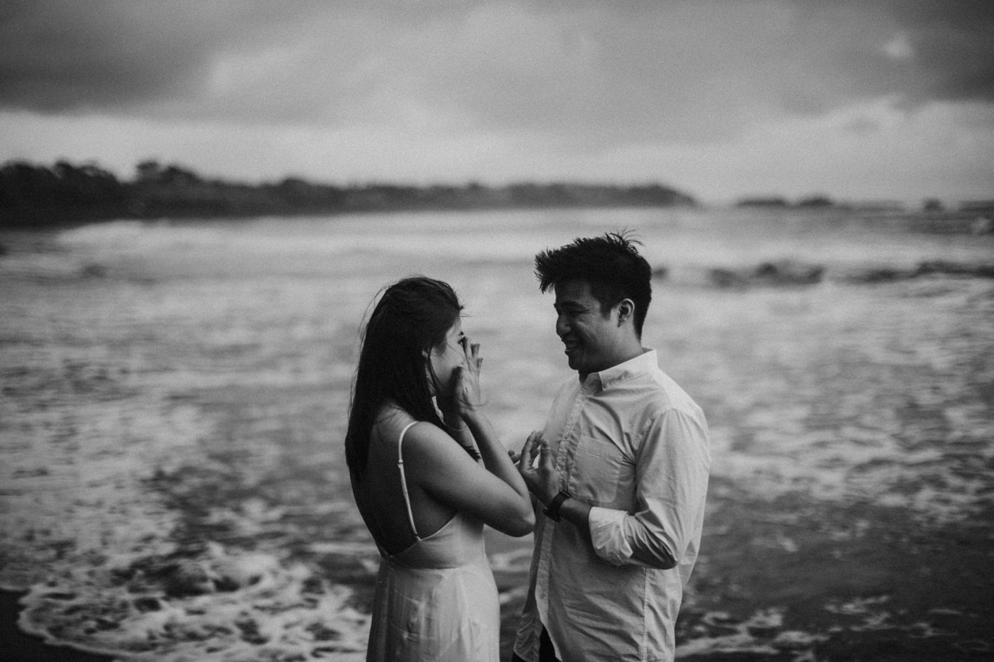 nyanyi beach prewedding iluminen bali wedding photographer destination photography connection session candice low yu teng neo