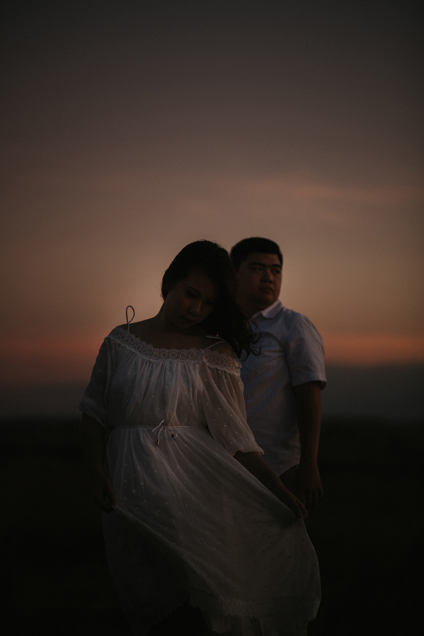 Sumba prewedding Gladys Hansen Connection session iluminen Bali photographer destination photography mountain waingaipu waimarang Bukit tenau bukit persaudaraan NTT Savannah lake