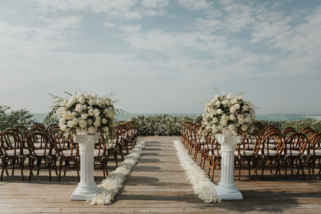 bali-wedding-photographer-intimate-grandeur-ayana-resort-and-spa-bali-outdoor-beautiful-perfect-unique